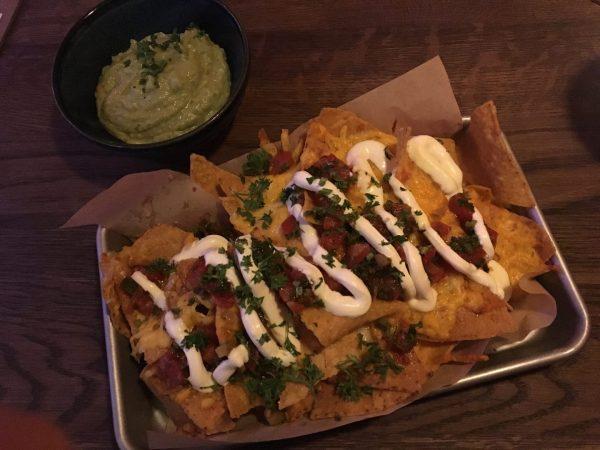 Uit eten Groningen: nachos bij El Santo, Mexicaans restaurant