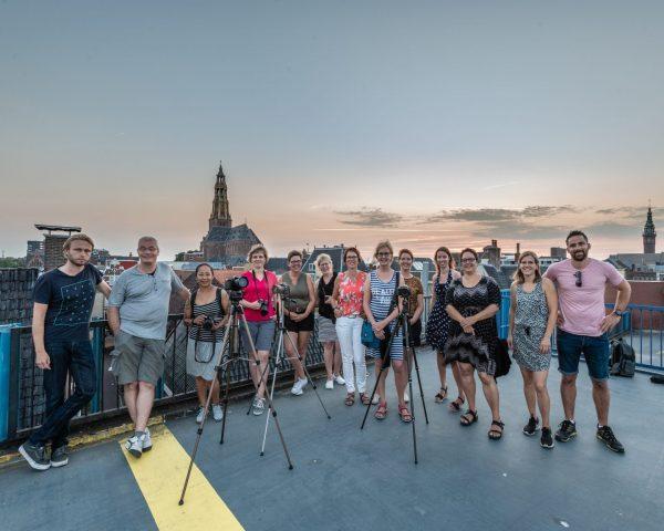 Groepsfoto avondtour Fotografiewandeling Groningen 25 juli 2018 door Arjan Battjes