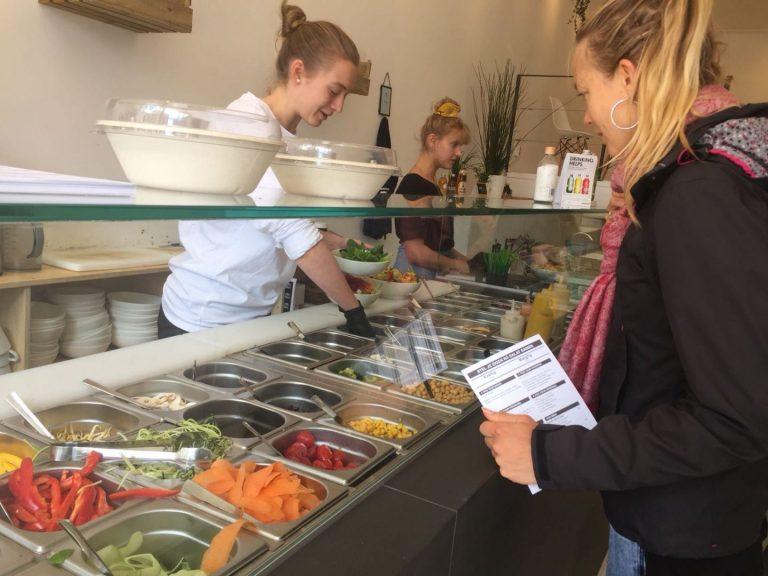 Rå: Gezonde saladebar waar mijn vegan fitgirl hart sneller van klopt