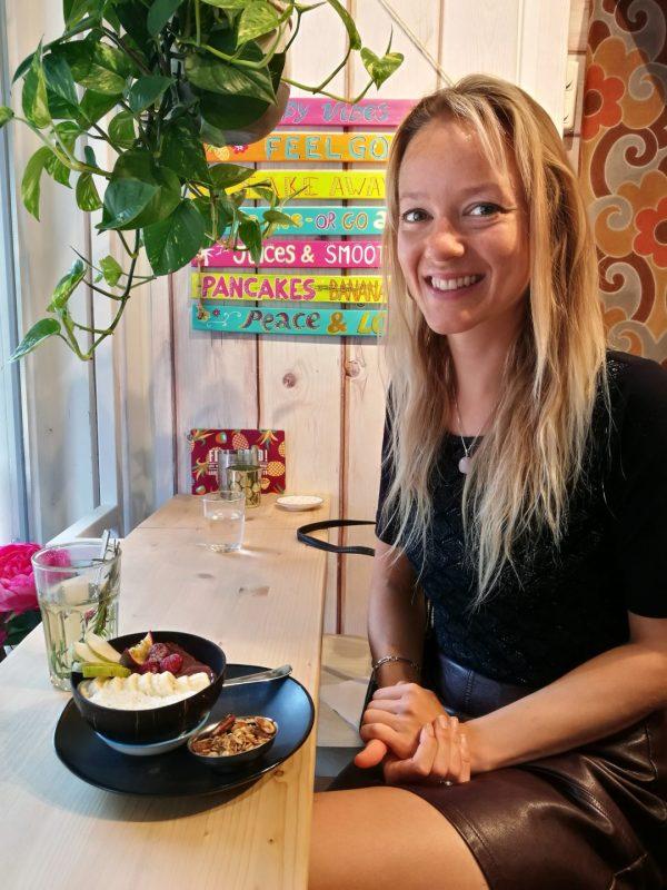 Dana's vegan lunch met acaibowl bij Feel Good Groningen