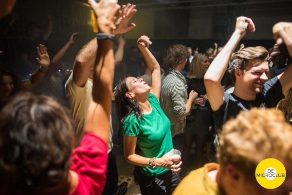 Uitgaan Groningen: dansfeest De Microclub, foto Tilburg - Smederij