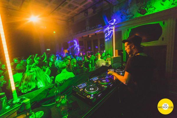 Uitgaan Groningen: dansfeest De Microclub, foto Chiel Eijt - Thephotocrew.com