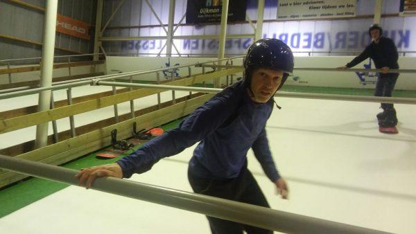 Snowlimits Groningen: indoor ski- en snowboardlessen