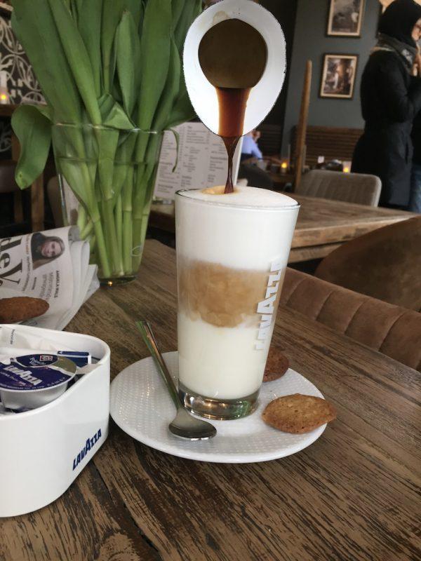 Koffie Groningen: Lunch & LavAzza