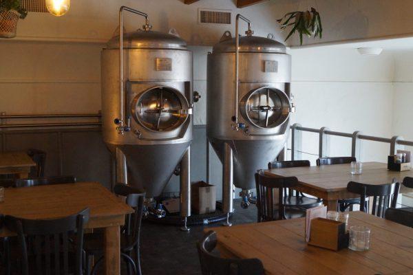 Dokjard: bierbrouwerij en Bistro Groningen, met terras aan het water
