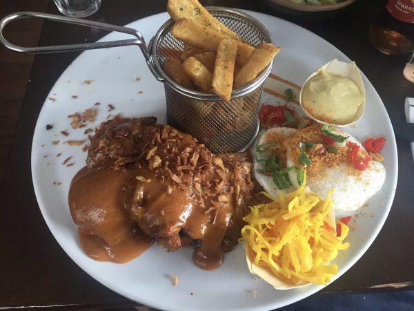 Eetcafe Groningen: sate bij de Twee Jongens Groningen