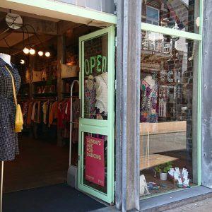 Vintage kledingwinkels Groningen: Zich Zach - foto van Facebook