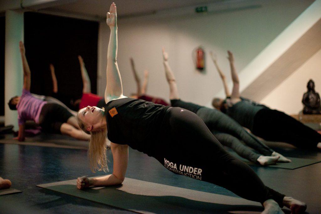Optimaal ontspannen bij Yoga Under Construction