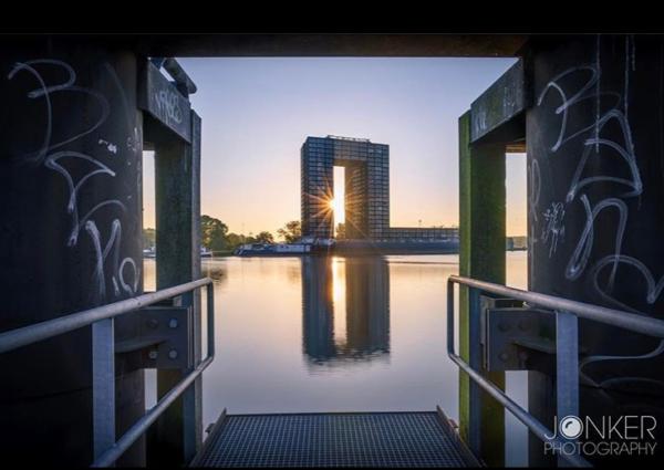 Fotografie cursus Groningen - fietstocht architectuur Tasmantoren