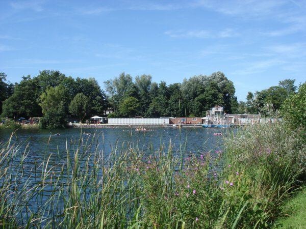 Camping Groningen tip: Natuurbad en camping aan het strand Engelbert - foto Facebookpagina