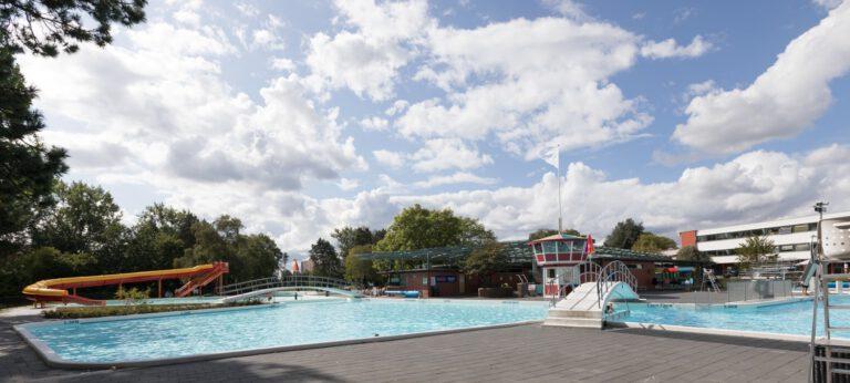 4 x Buitenzwembaden in Groningen en omstreken