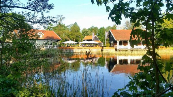 Terras Groningen reserveren, aan het water bij Paviljoen Sassenhein - foto van Facebookpagina @paviljoen.sassenhein