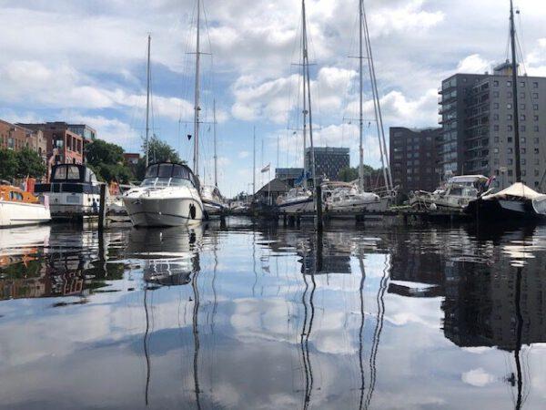Boothuur Groningen tips: ga waterfietsen huren in Groningen