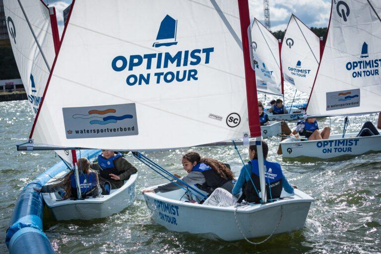 Laat jouw kinderen gratis kennismaken met watersport tijdens Optimist on Tour in Meerstad